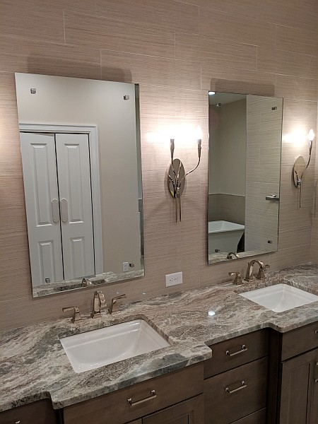 wall mirrors in bathroom