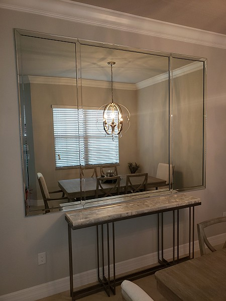 wall mirrors in dining room